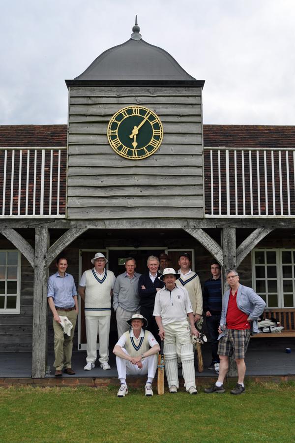 CRGCC players by pavilion, Hambelden CC