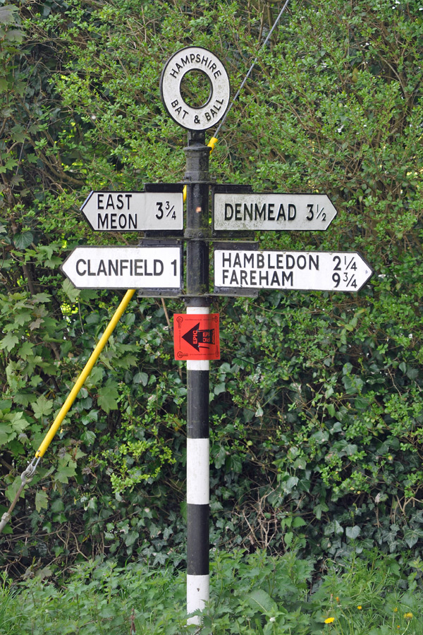 Signpost by cricket ground, Broadhalfpenny Down