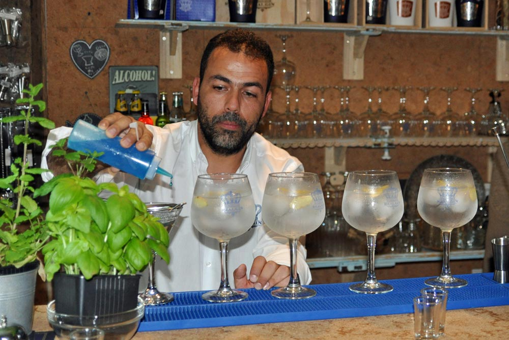 Jacinto Policarpo turns mixologist at the Real Gin bar