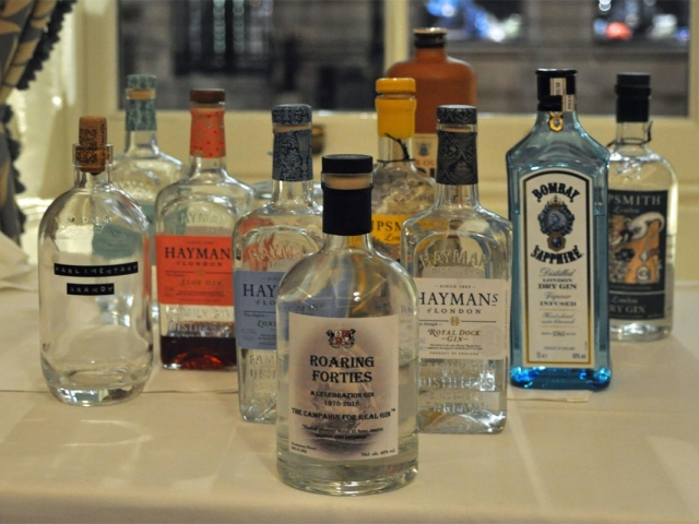Roaring Forties with other gin brands, Campaign for Real Gin tasting, Athenaeum Club November 2018
